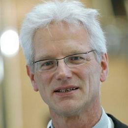 Bernhard R. Ruf