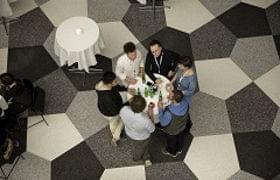 Kun for inviterede: Frokost og networking image