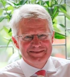 Prof Ian Ellis, BMedSci, BM MS, FRCPath, Nottingham City Hospital, UK